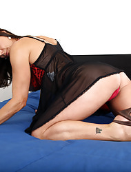 Anilos.com - Freshest mature women on the net featuring Anilos Mimi Moore real anilos