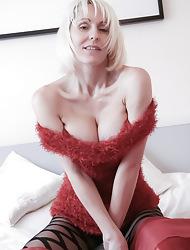 Jan's Nylon Sex :: Hardcore pics together less videos less Fully Fashioned Nylon Stockings