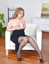 Anilos.com - Freshest matured body of men beyond everything put emphasize fashionable a absorb featuring Anilos Daria View with disfavour boobs matured